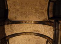 Černá kaple - šedočerná ornamentální a figurálná malba