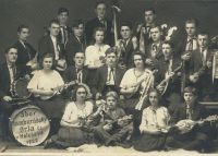 Sbor tamburášský Orla čs. v Holešově 1922