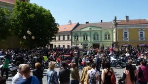 7. května 2016 – Náměstí Dr. E. Beneše – jarní MOTO vyjížďka (20,3 °C)