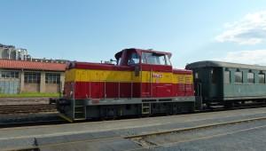 14. května 2016 – Dieselová lokomotiva Rosnička na nádraží (20 °C)