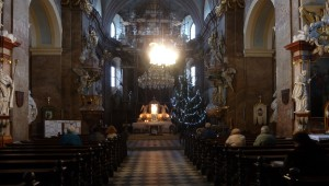 30. prosince 2016 – Vánoční stromeček v kostele Nanebevzetí Panny Marie (-4,6 °C)