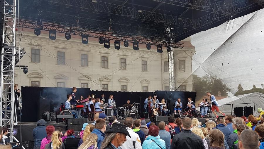 17. června 2017 – Holešovská Regata v zámeckém parku - The Tap Tap