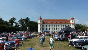 8. července 2017 – Setkání veteránů a burza n.d. na zámku Holešov (24,3 °C)