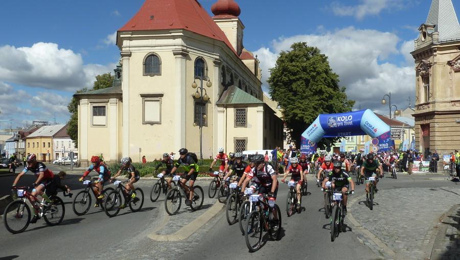 1. červenec 2018 – 9.30 start trasy B Bikemaratonu Drásal (15,7 °C)