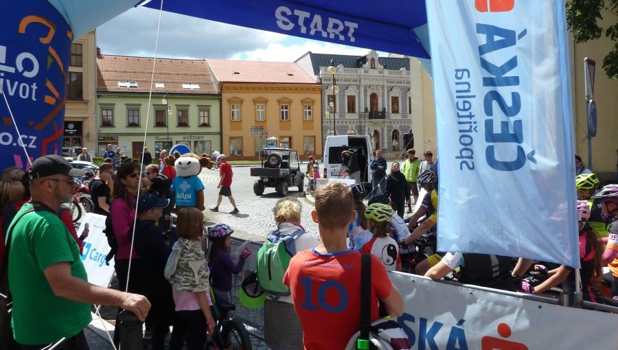 1. červenec 2018 – 11.10 start trasy JTM Bikemaratonu Drásal (16 °C)