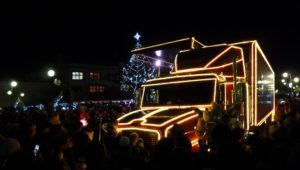9. prosince 2018 - náměstí Dr. Edvarda Beneše - vánoční Cocal-Cola kamion (7,5 °C)