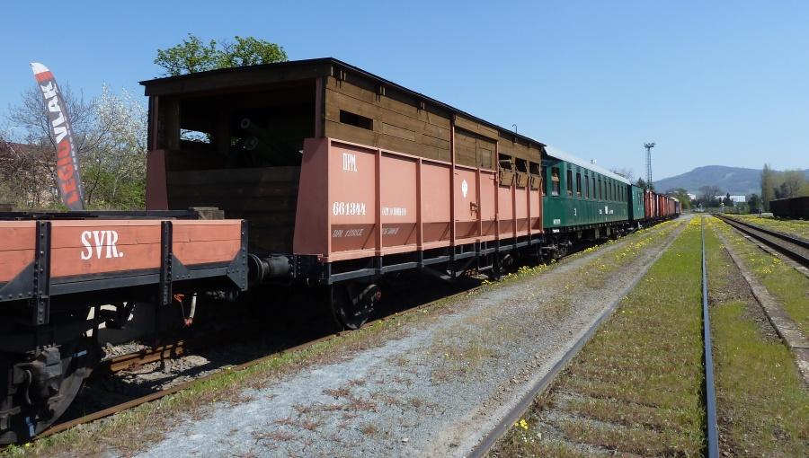 19. dubna 2019 – LEGIOvlak na nádraží v Holešově (19,6 °C)