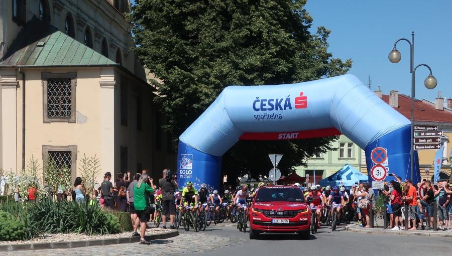 4. července 2020 – 10.30 start trasy B Bikemaratonu Drásal České spořitelny (21.9 °C)